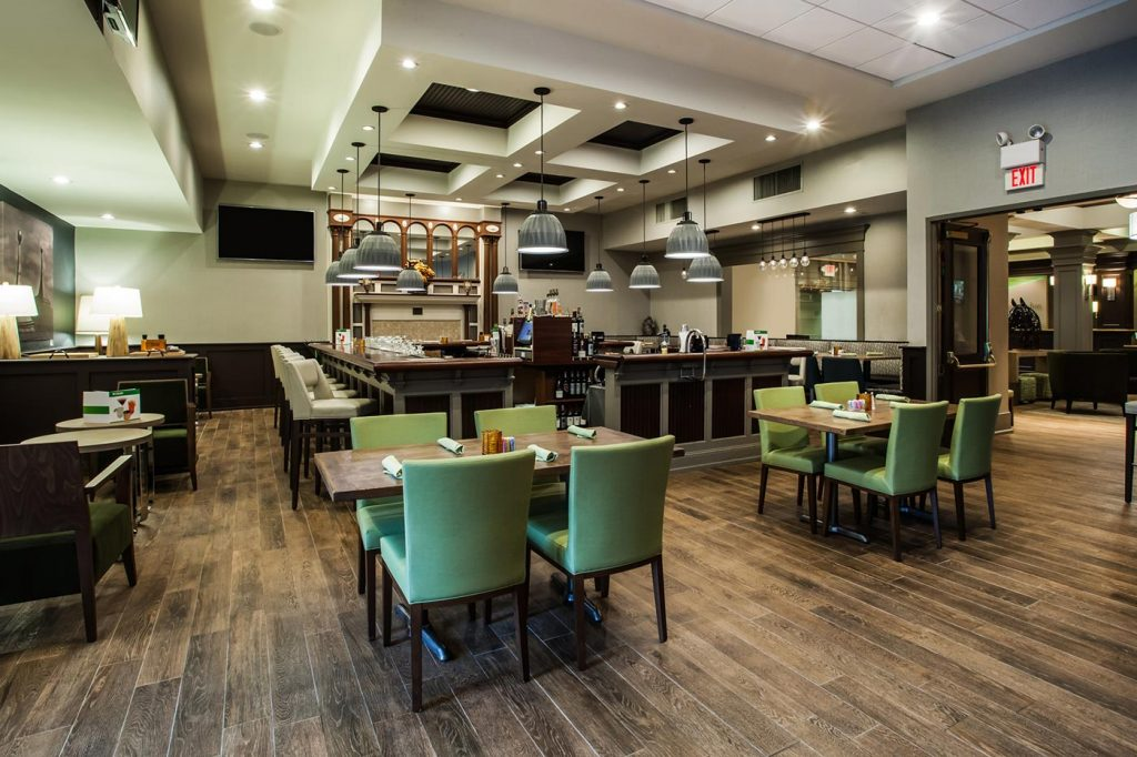 The Holiday Inn Saratoga Springs Bar