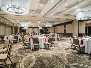 Ballroom with chairs and tables